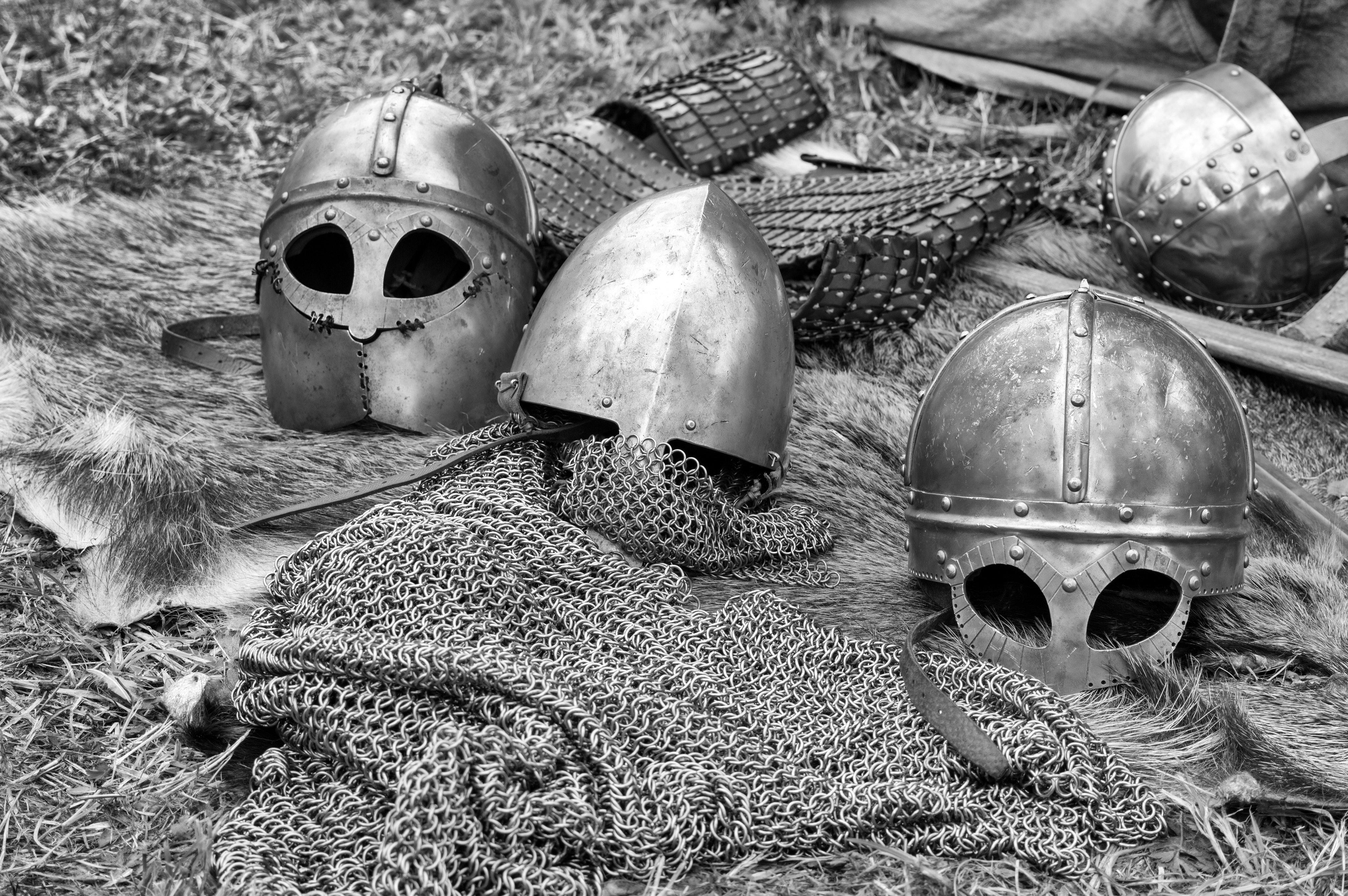 Introducere în studiul istoriei Evului Mediu (schița lecției + fișă de lucru) – clasa a VI-a